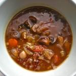 {Vegan} Mushroom Quinoa Soup