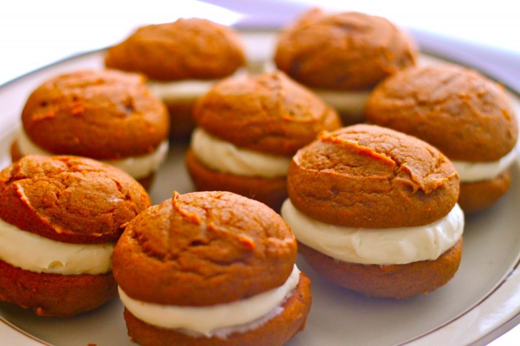 http://thecornerkitchenblog.com/pumpkin-whoopie-pies/
