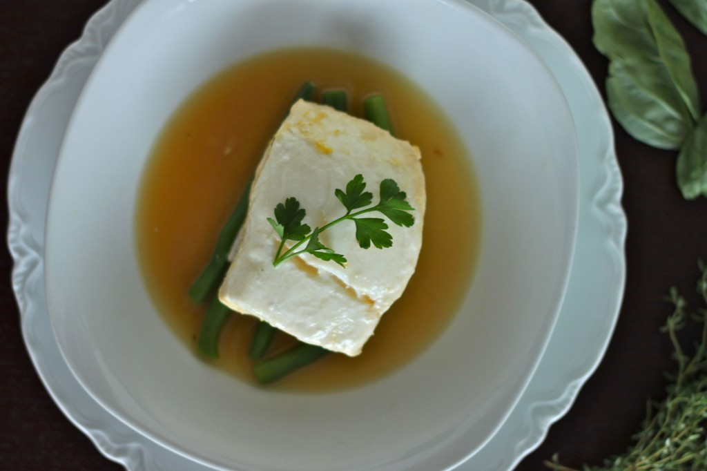 ... over to Greatist to get my recipe for Lemon and Herb Poached Halibut