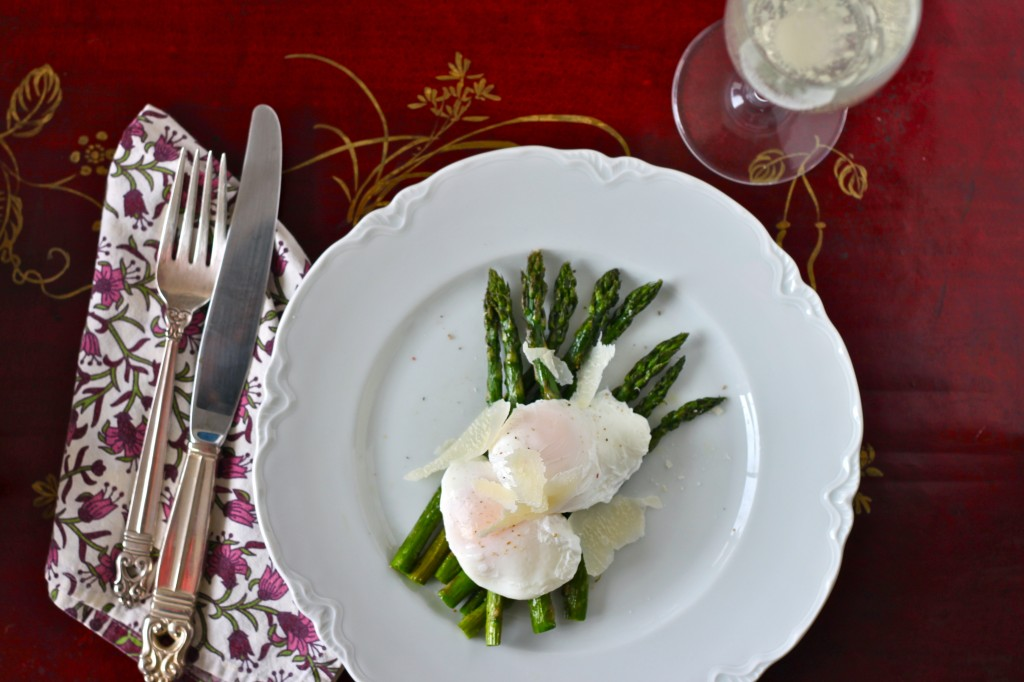 Roasted Asparagus with Poached Eggs - TheCornerKitchenBlog.com