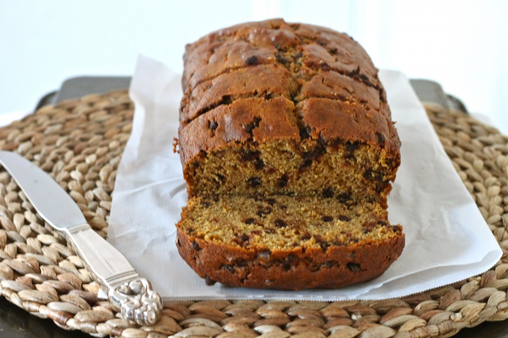 Step up your pumpkin bread game with Brown Butter Pumpkin Chocolate Chip Bread! | TheCornerKitchenBlog.com #pumpkin #baking