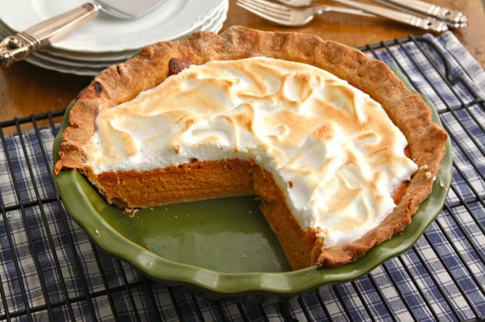 Pumpkin Meringue Pie is a classic Thanksgiving favorite with a fun twist! | TheCornerKitchenBlog.com #pumpkin