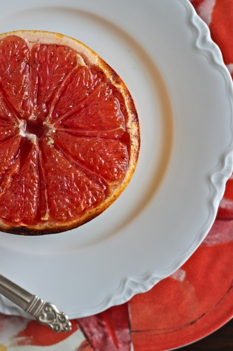 Vanilla Sugar Broiled Grapefruit is a healthy, delicious vegan treat to make the most of winter citrus! | TheCornerKitchenBlog.com #grapefruit #vegan