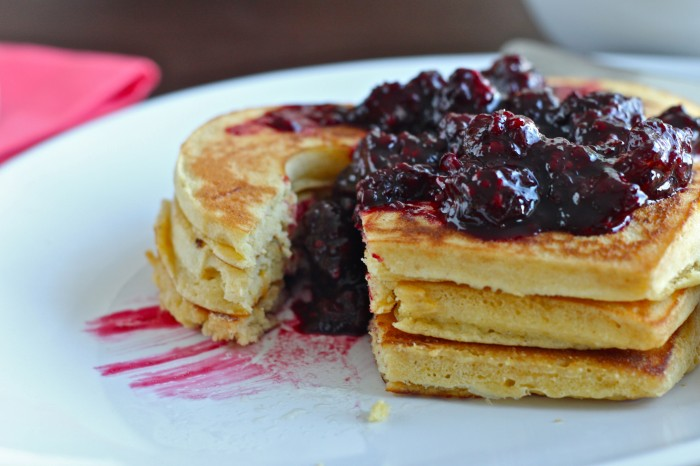Up your pancakes game this weekend with naturally sweetened, fluffy Clementine Cornmeal Pancakes with Maple Blackberry Compote! | TheCornerKitchenBlog.com #recipe #pancakes #breakfast