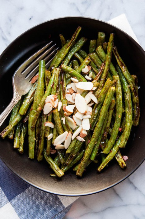 Harissa Roasted Green Beans