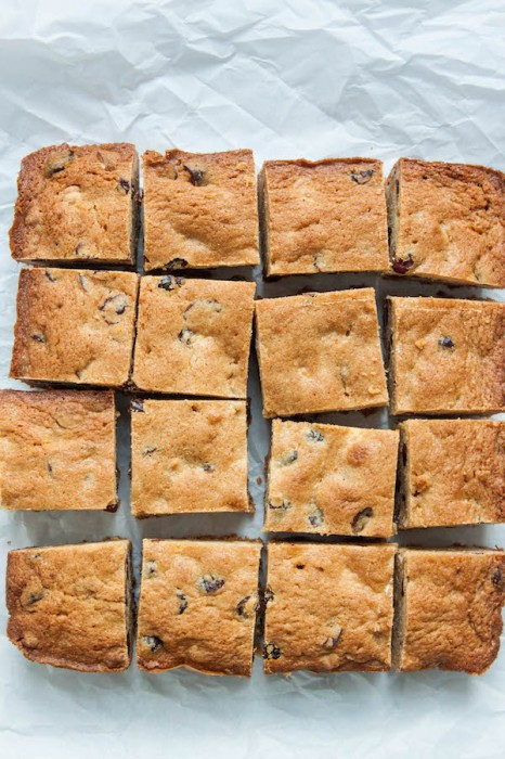 White Chocolate Cranberry Blondies | TheCornerKitchenBlog.com #baking #dessert