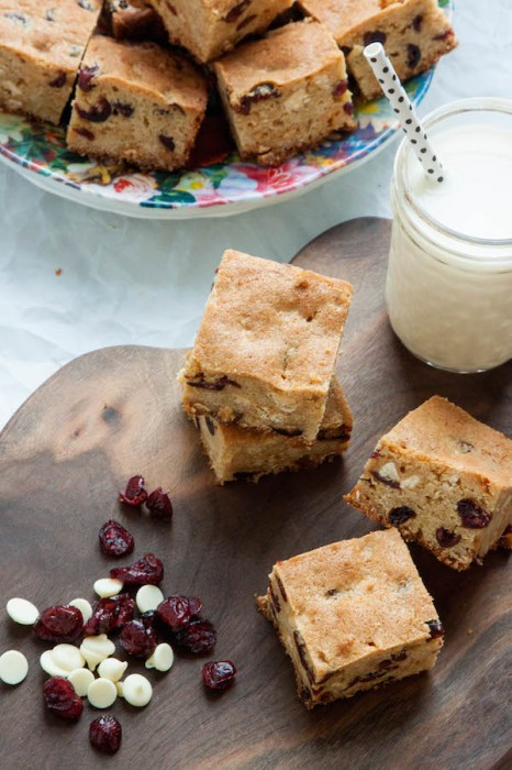 White Chocolate Cranberry Blondies | TheCornerKitchenBlog.com #baking #dessert